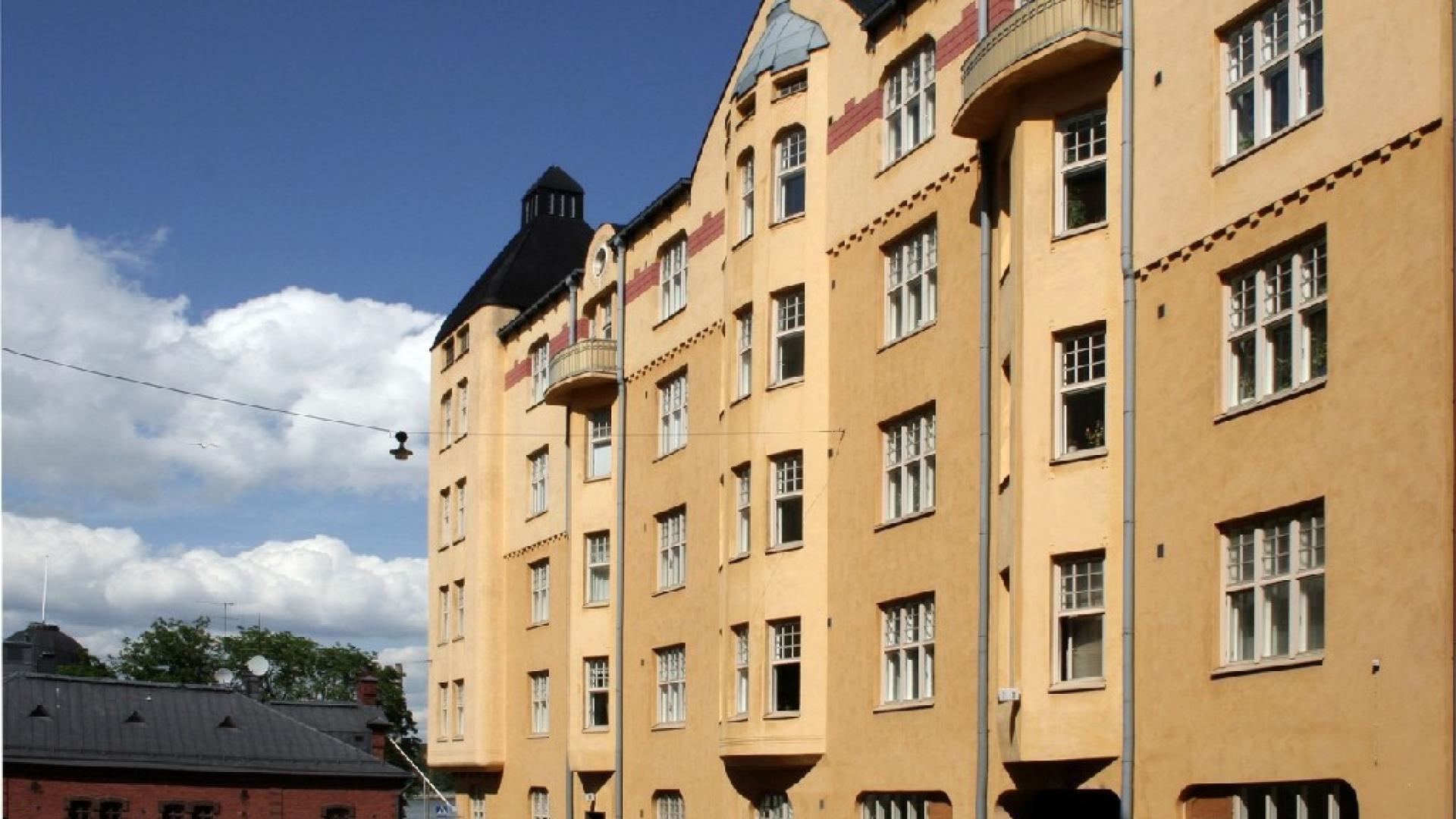 Katajanokankatu 7 apartment renovation